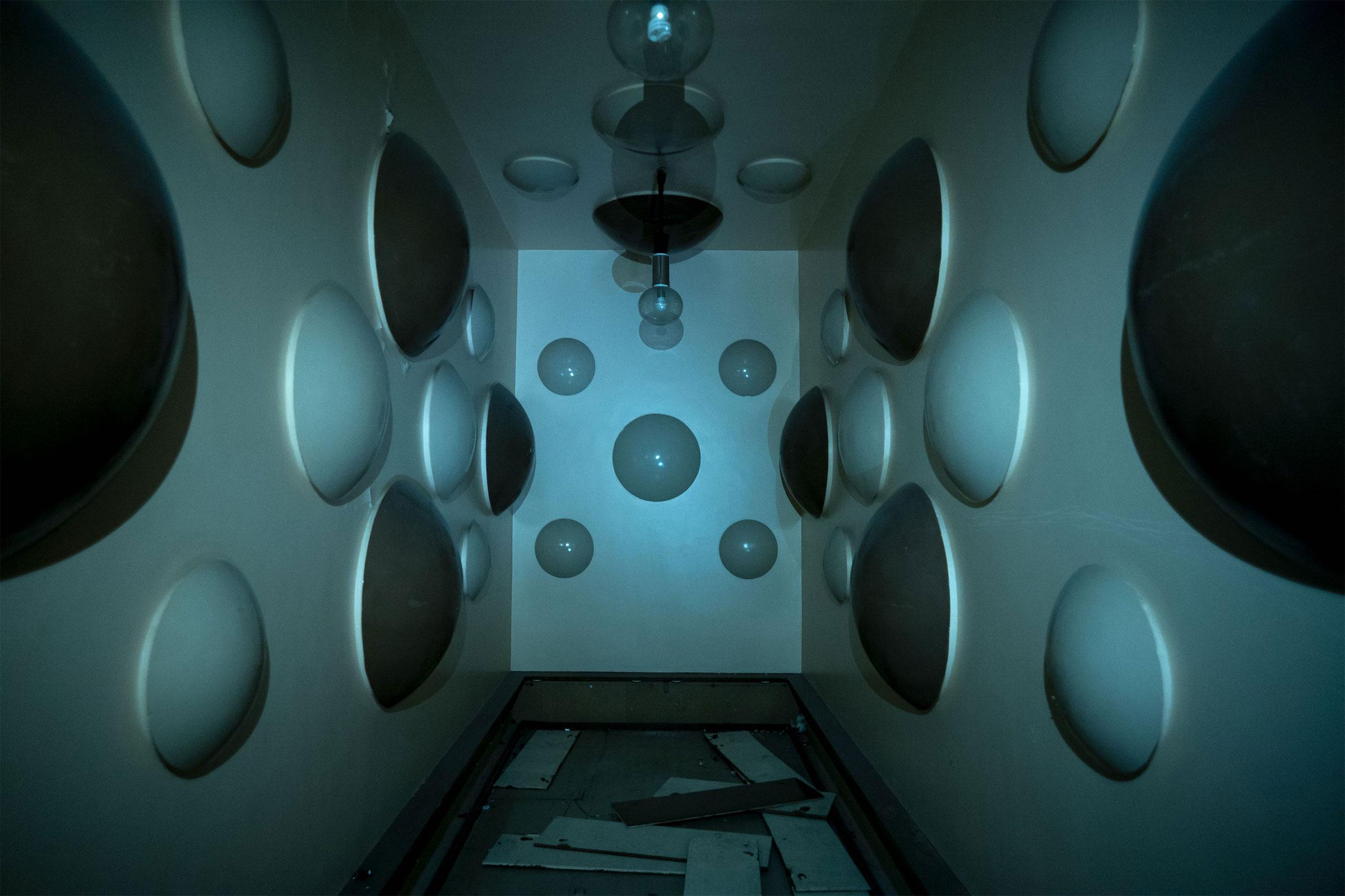 Salle de réverbération du studio 115 durant les travaux de réhabilitation / C. Abramowitz. Photothèque de Radio France
